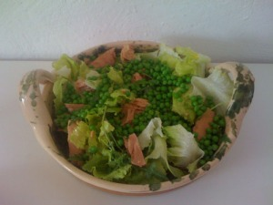 Delish...Fresh Tuna Salad...oh with a little bit of fresh Wild Rocket