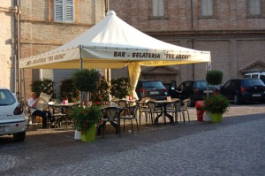 Tre Archi Bar