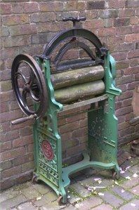 old-laundry-mangle